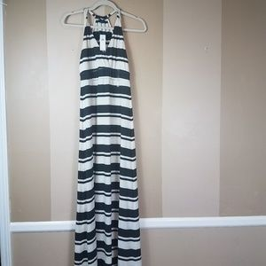 NWT Gap voyages gray stripe maxi dress medium